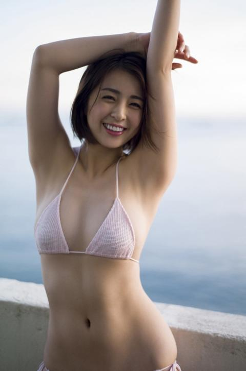【ヌード速報】柳ゆり菜がフルヌード解禁濡れ場先行カット!乳首は小さく薄ピンク色だった!